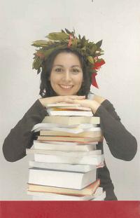 """Immagine di una laureanda tratta dal poster """"Biblioteca Alumni"""" dello SBA"""